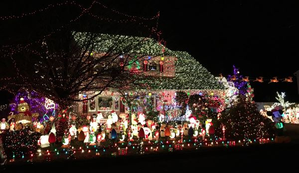 The Gress House Holiday Light Spectacular Christmas Lights In Monmouth County NJ