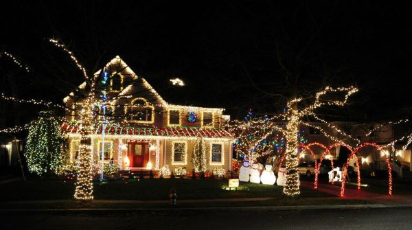 The Sisti Family Christmas Lights Holiday Light Show Jersey Shore