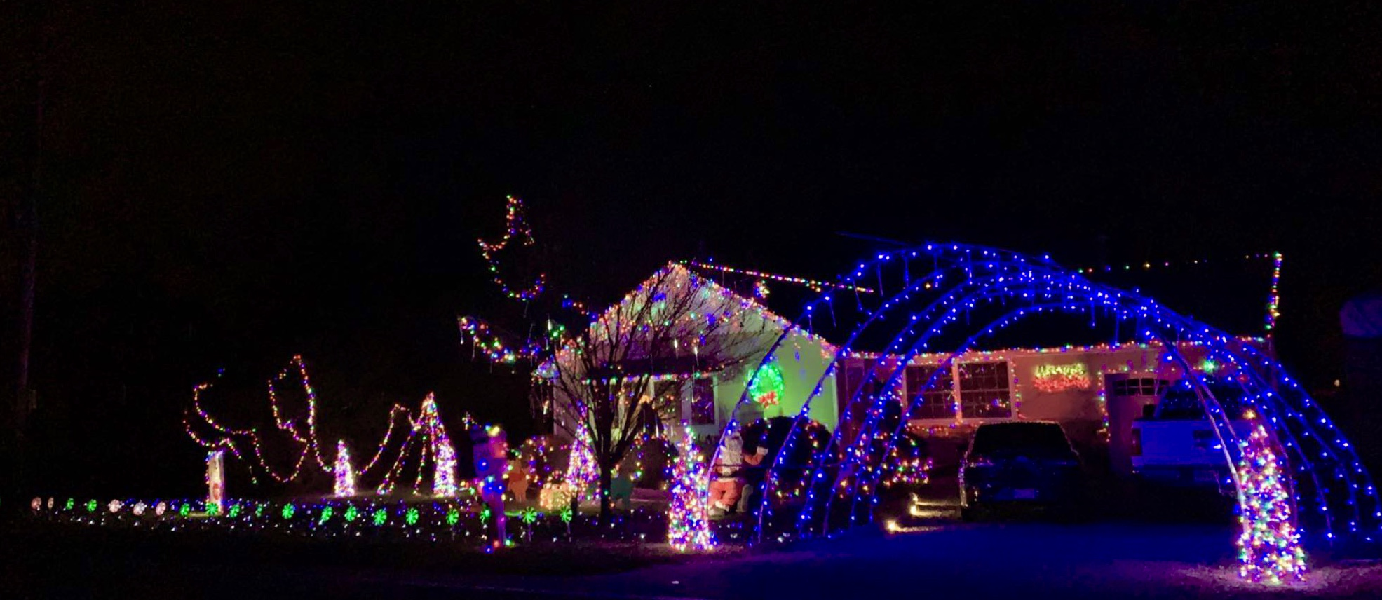 Skylands Stadium Christmas Light Show.Where To See The Best Christmas Light Displays In Nj 2018