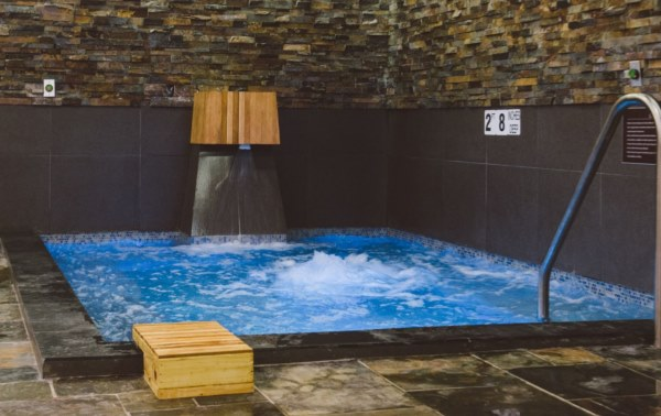 Image of a sauna at the luxurious Island Spa and Sauna in Edison NJ