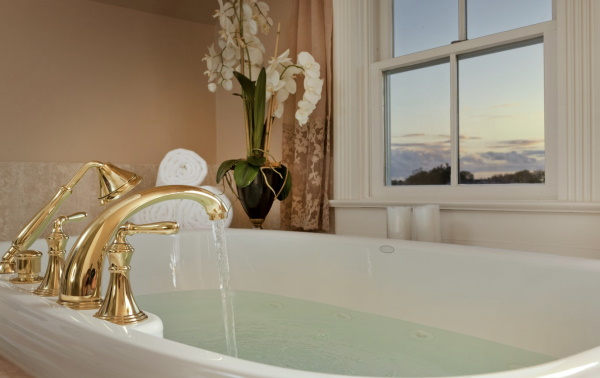 Image of the Luxurious Bath at the Tower Cottage Inn Bed and Breakfast in NJ